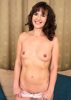 Best Mature Tits Porn Pictures