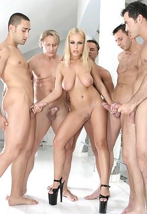 Best Handjob Porn Pictures
